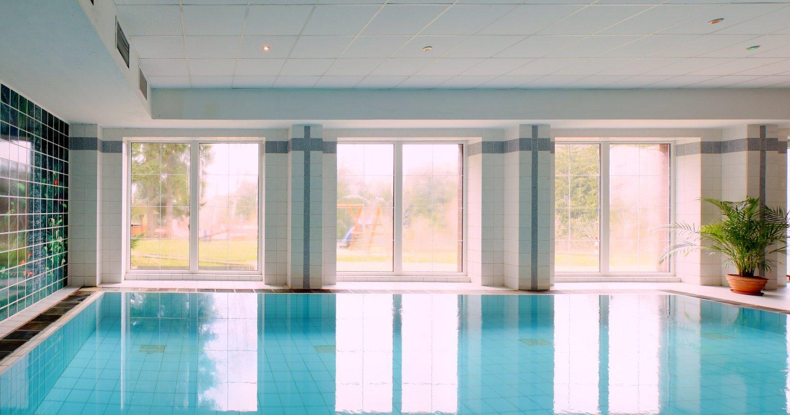 Bazén hotelu Mesit