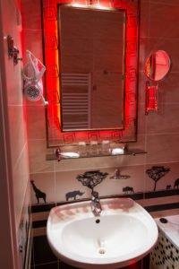 Koupelna v pokoji Savana