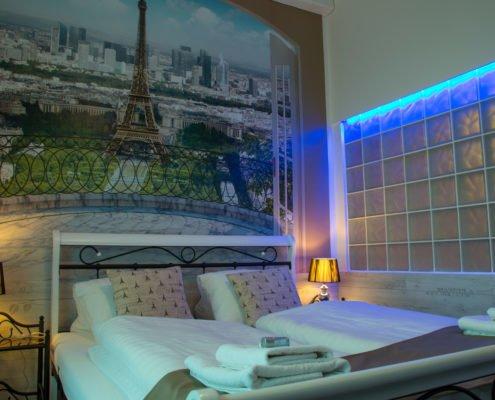 Pokoj Paříž
